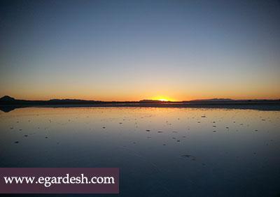 دریاچه نمک خور و بيابانك