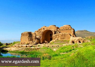 کاخ اردشیر بابکان فیروز آباد