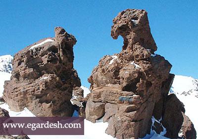 عقاب سنگی اردبیل