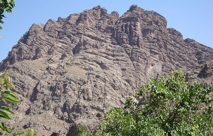 قلعه شیر کوه قزوين