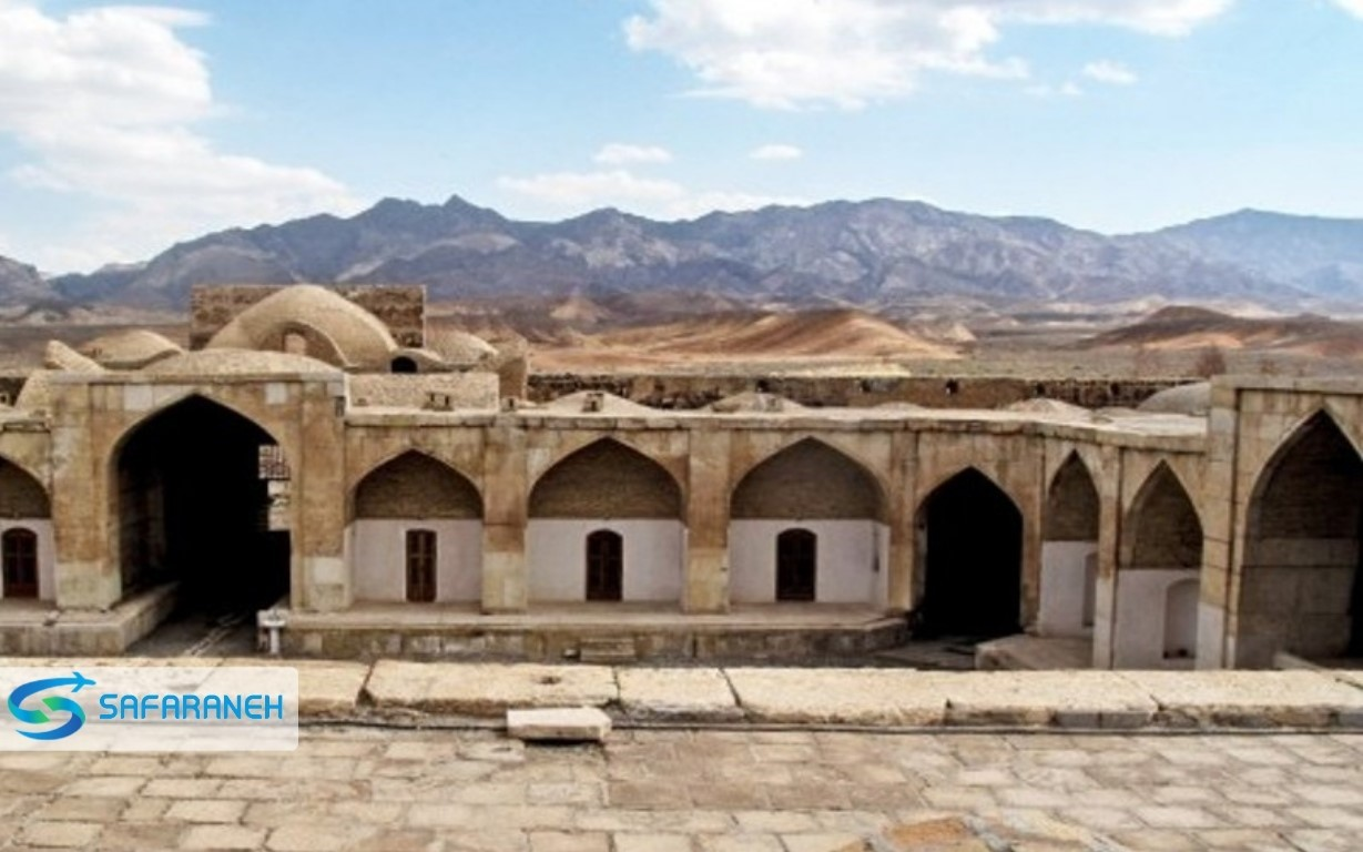 کاروانسرای قصر بهرام گرمسار