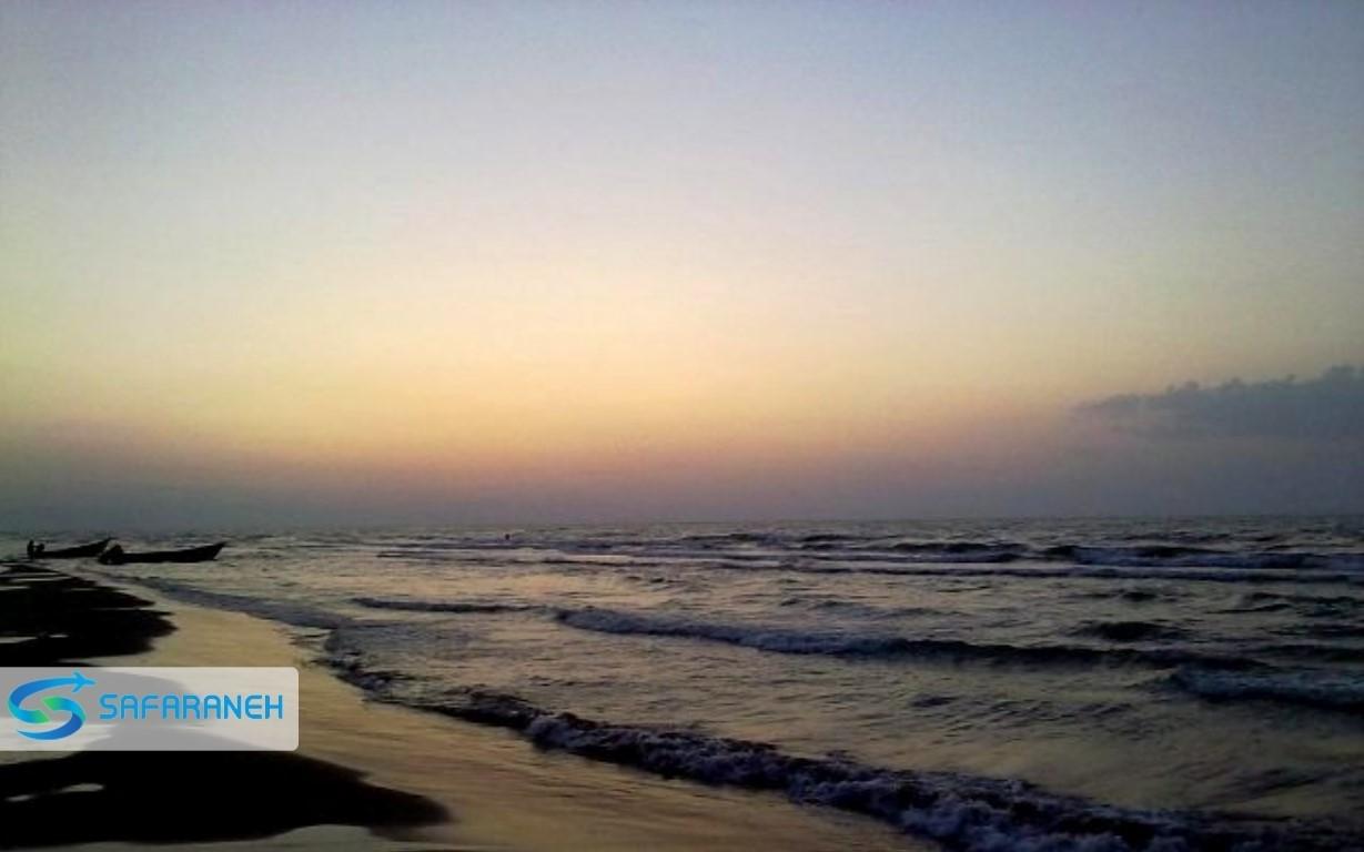 ساحل دریا نور