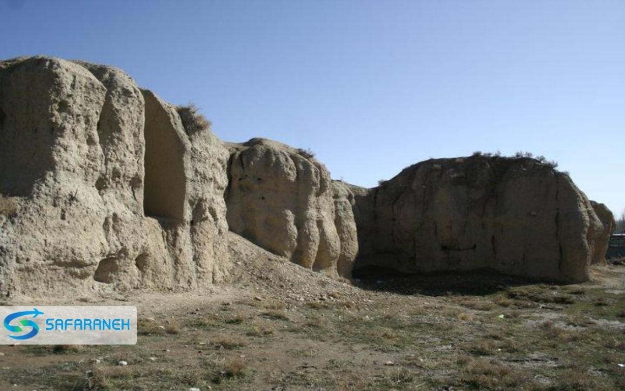 تپه و دهکده باستانی گیان نهاوند
