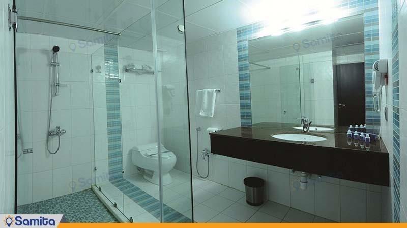 حمام هتل تهران