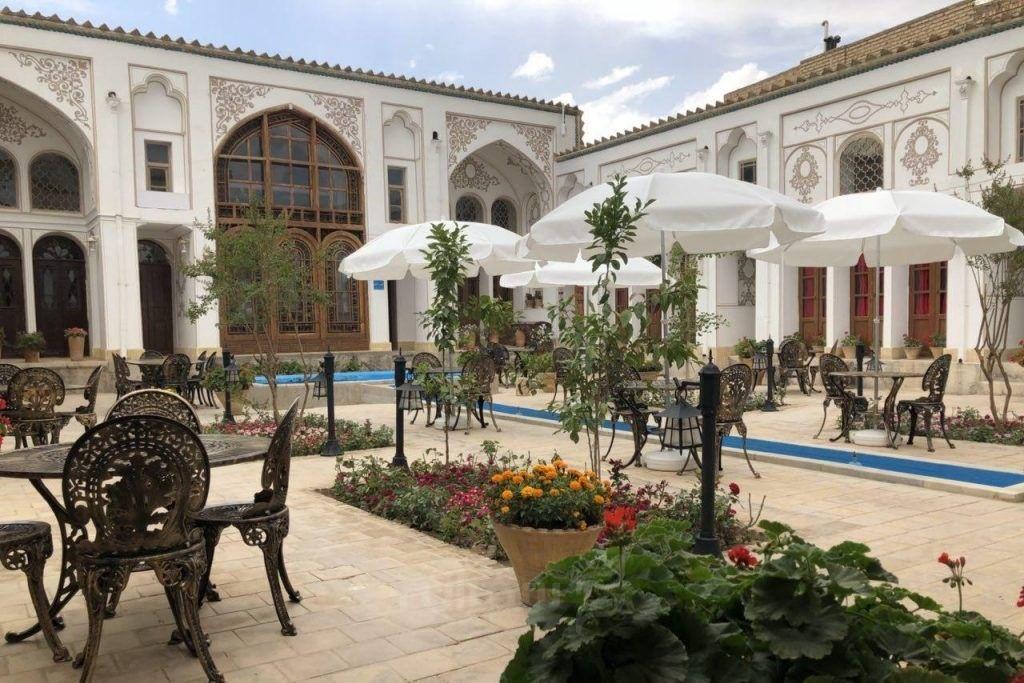 اقامتگاه سنتی سهروردی اصفهان