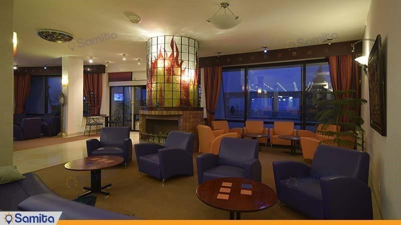 لابی هتل باری