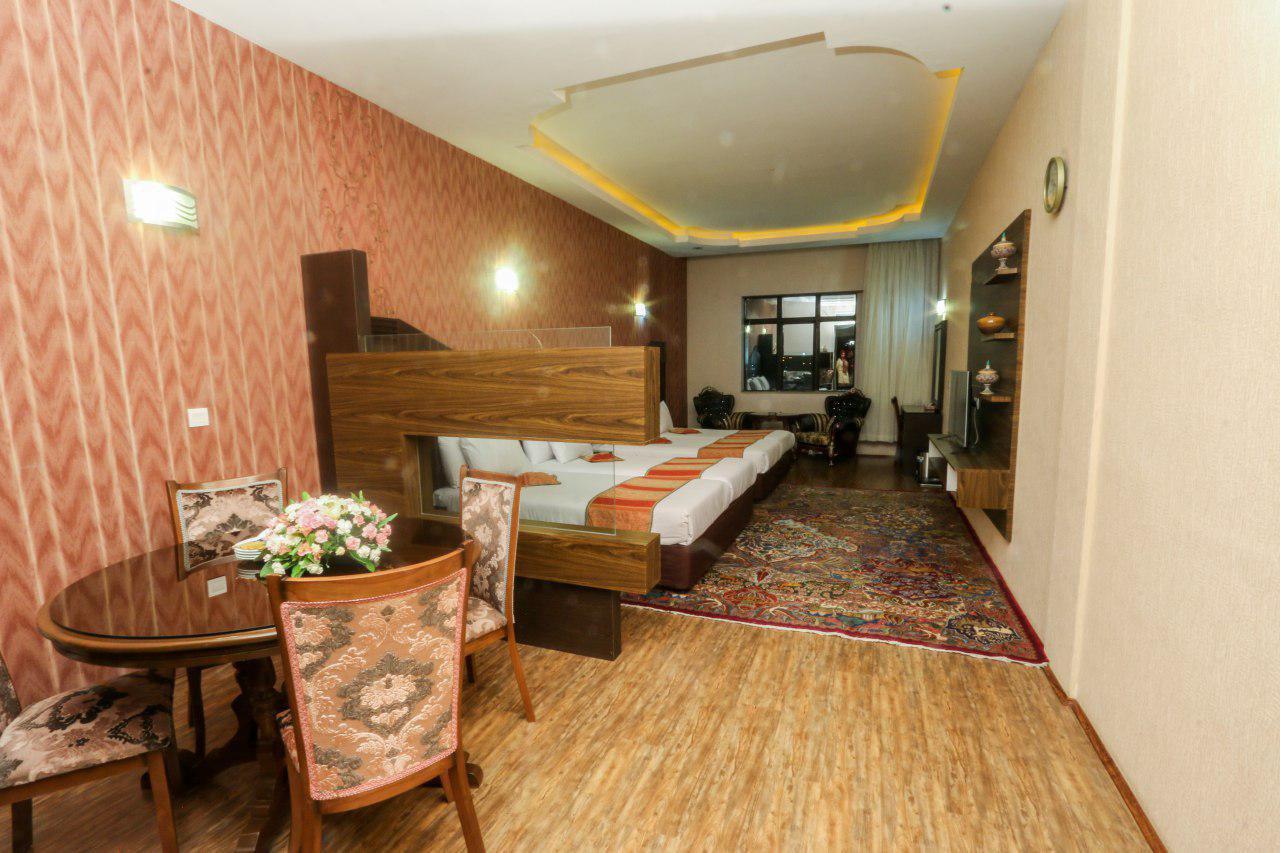 سوئیت یکخوابه امپریال پنج تخته