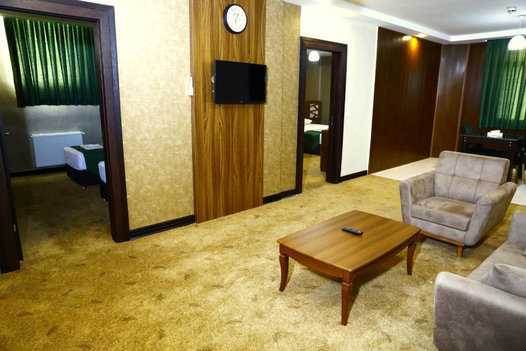 آپارتمان دو خوابه پنج تخته