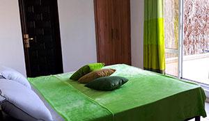 سوئیت یکخوابه سه تخته