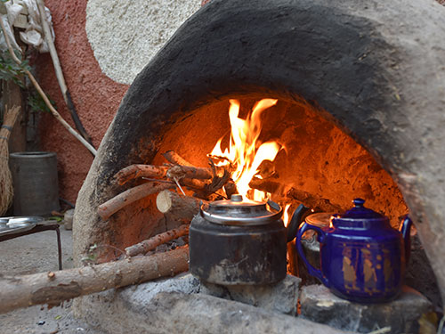 najaf-abad-shahedan-eco-lodge-newly-brewed-tea