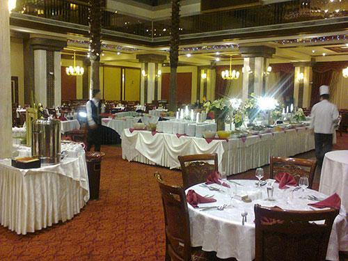 mashhad-darvishi-royal-hotel-yalda-night-festival